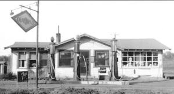 Fisher-Gas-Station